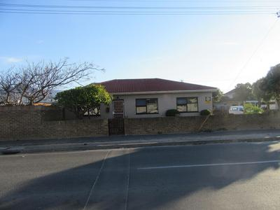 Property For Sale in Kensington, Cape Town