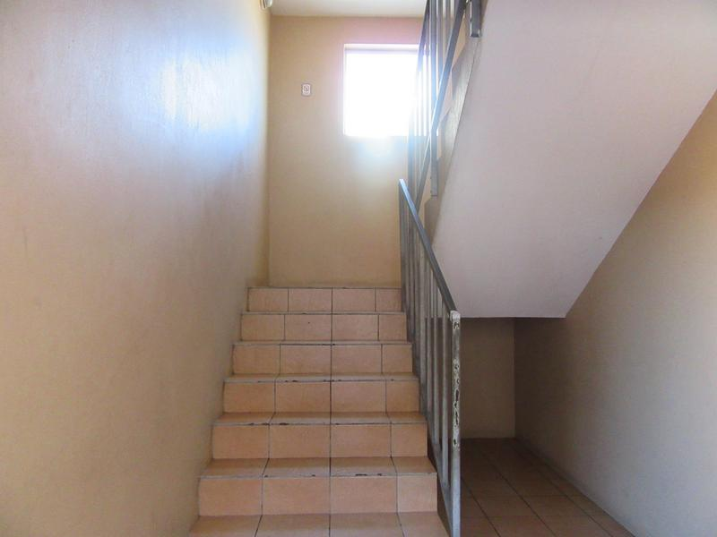 Property For Sale in Maitland, Cape Town 6