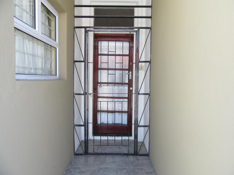 Property For Sale in Maitland, Cape Town 4