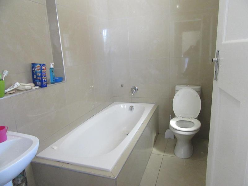 Property For Sale in Maitland, Cape Town 11