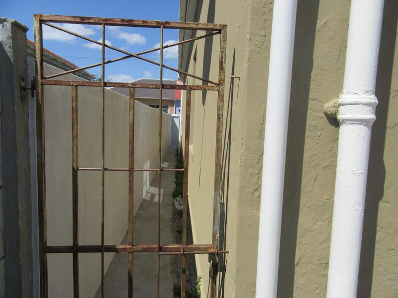 Property For Sale in Maitland, Cape Town 17