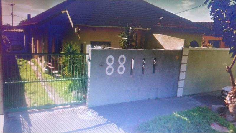 Property For Sale in Kensington, Cape Town 1
