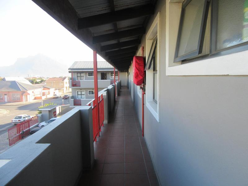 Property For Sale in Kensington, Cape Town 13