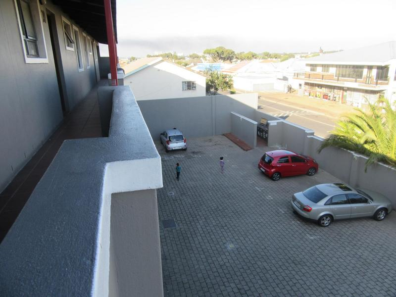 Property For Sale in Kensington, Cape Town 16