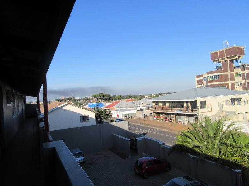 Property For Sale in Kensington, Cape Town 17