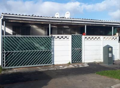 Property For Sale in Factreton, Cape Town