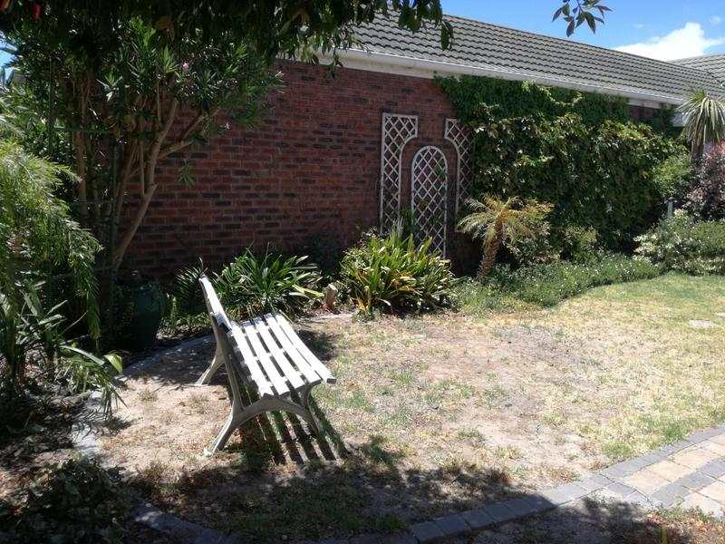 Property For Sale in Pinelands, Cape Town 23